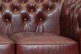 Chesterfield Sofa Class Leder | 3- Sitzer| Cloudy Rot | 12 Jahre Garantie_