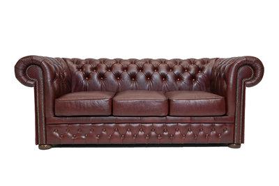 Chesterfield Sofa First Class Leder |3- Sitzer | Cloudy Rot | 12 Jahre Garantie