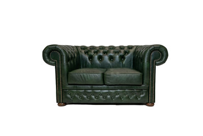 Chesterfield Sofa First Class Leder | 2-Sitzer | Cloudy Gün | 12 Jahre Garantie
