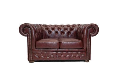 Chesterfield Sofa First Class Leder | 2- Sitzer |  Cloudy Rot | 12 Jahre Garantie